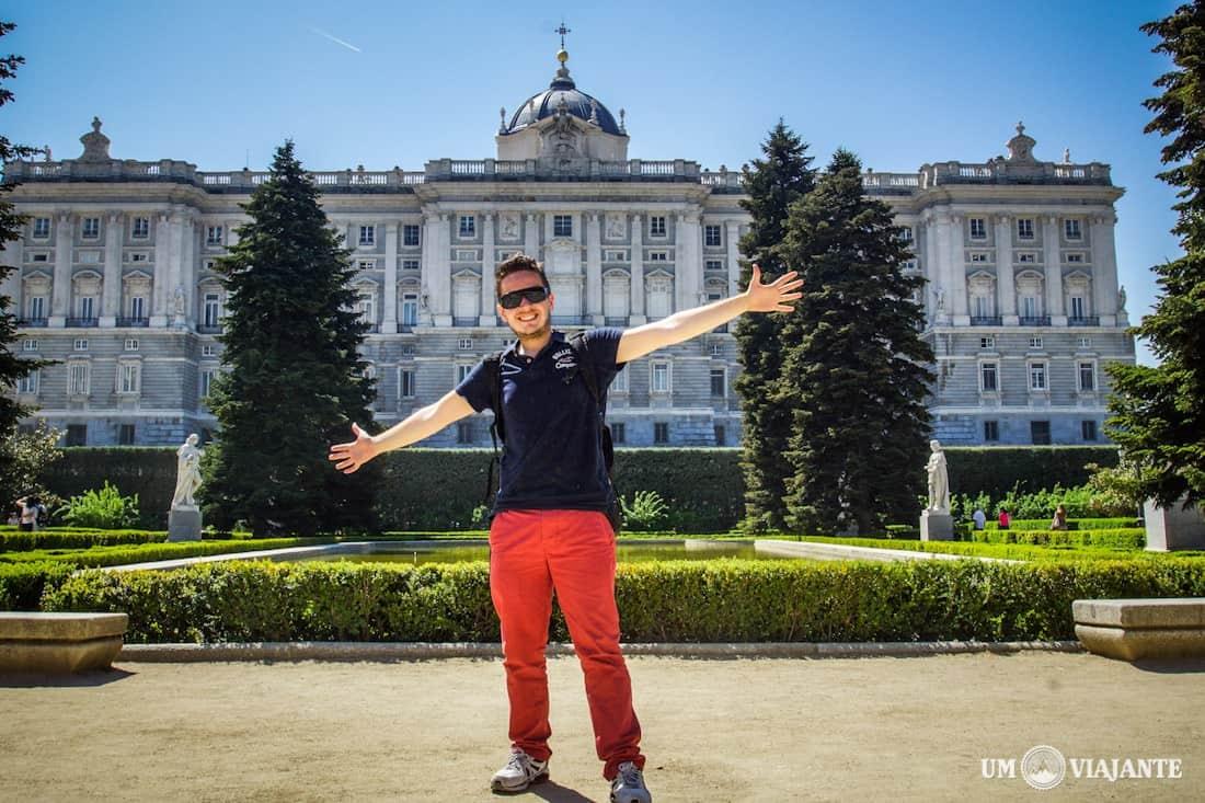 Jardines de Sabatini, Palácio Real de Madrid ao fundo
