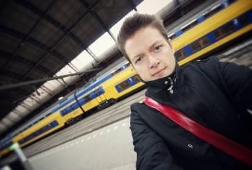 Dormindo no trem noturno