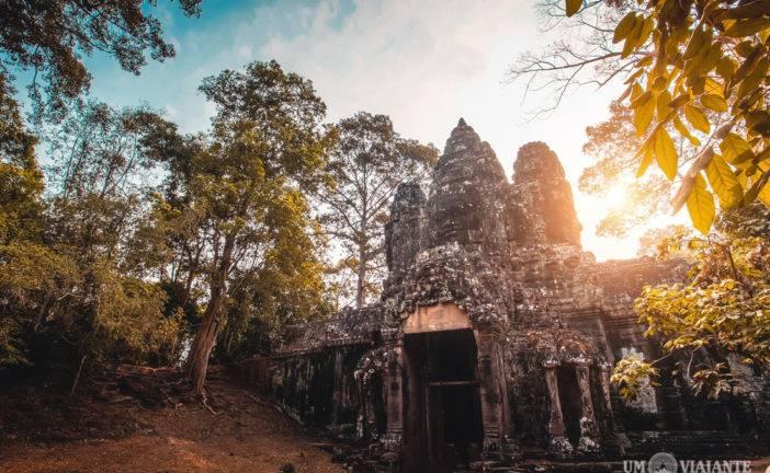 Conhecendo os templos de Angkor com um guia cambojano