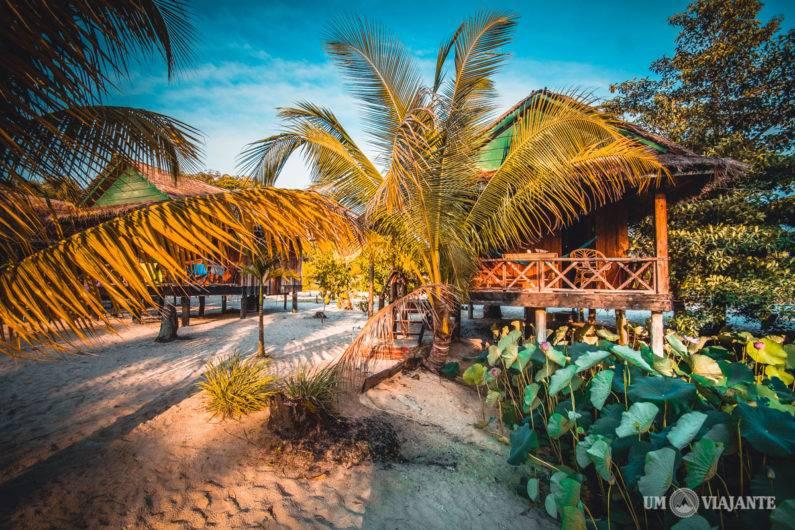 Hotel em Koh Rong: Conheça o Palm Beach Bungalow Resort