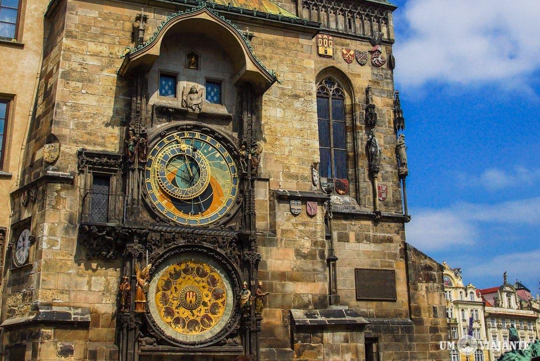 Tour em Praga - Relógio Astronômico