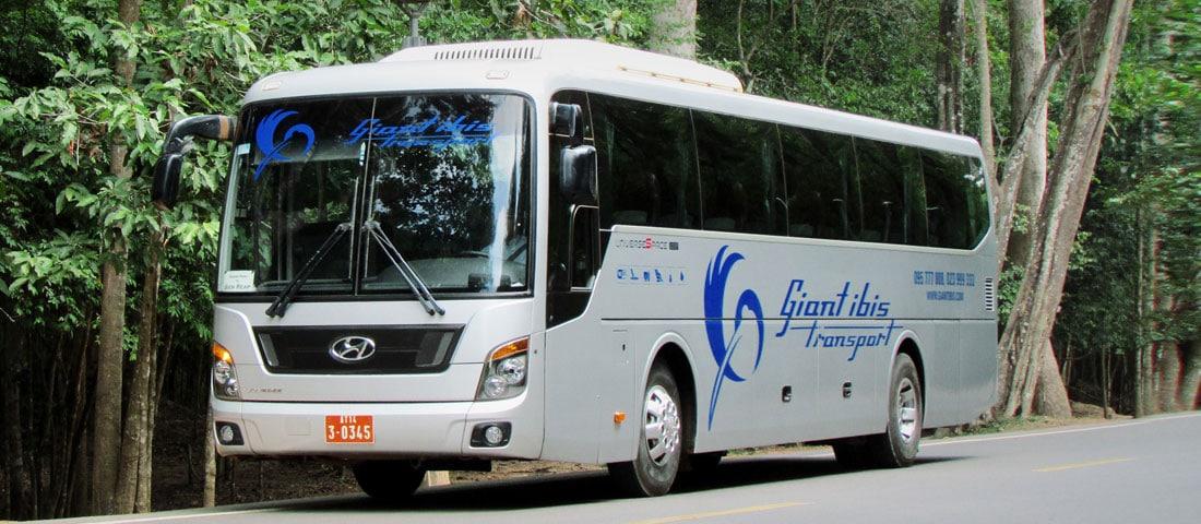 Ônibus no Camboja - Giant Ibis - Foto: Divulgação