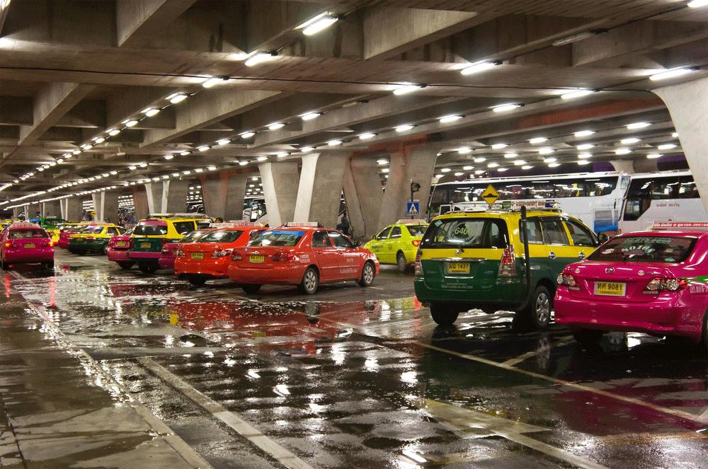 Taxis - Aeroporto Internacional de Bangkok