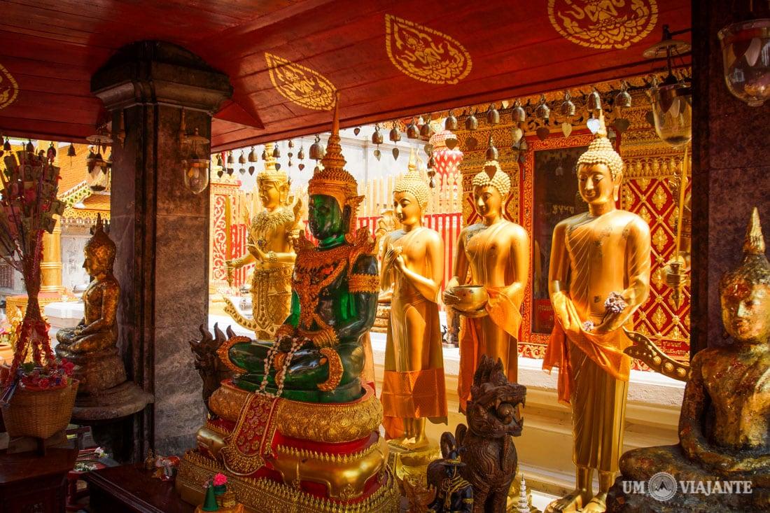 Templo Doi Suthep em Chiang Mai, Tailândia