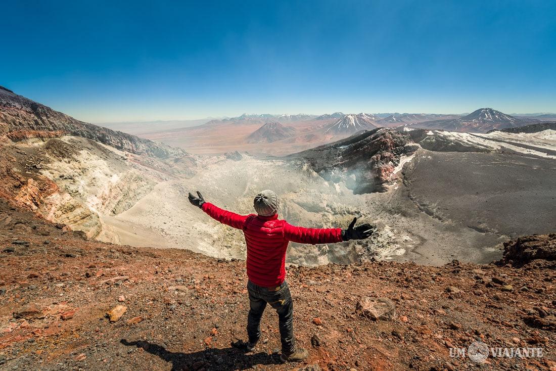 Cratera do Vulcão Lascar, no Atacama