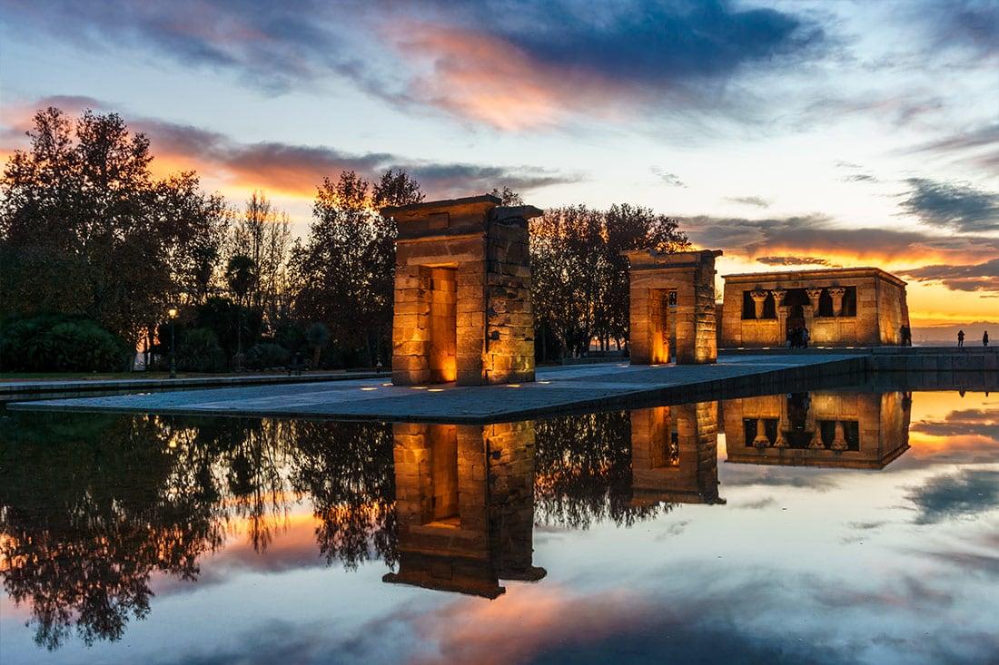 Visitando O Templo De Debod Em Madrid Um Viajante