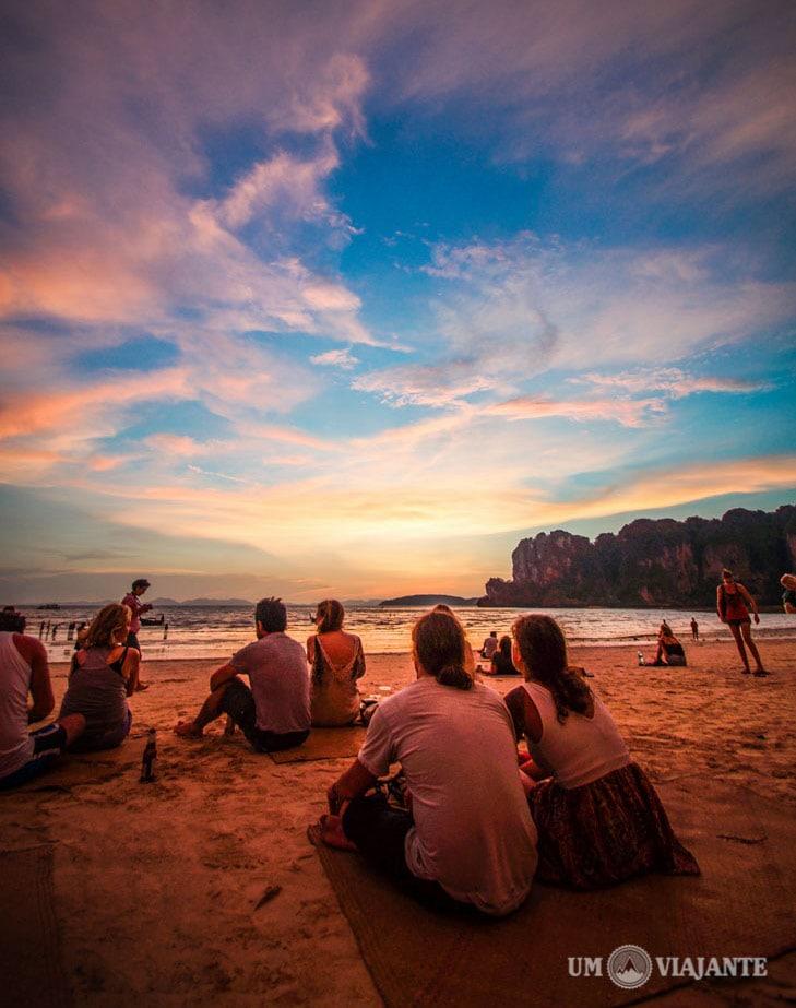Pôr do sol em Railay Beach