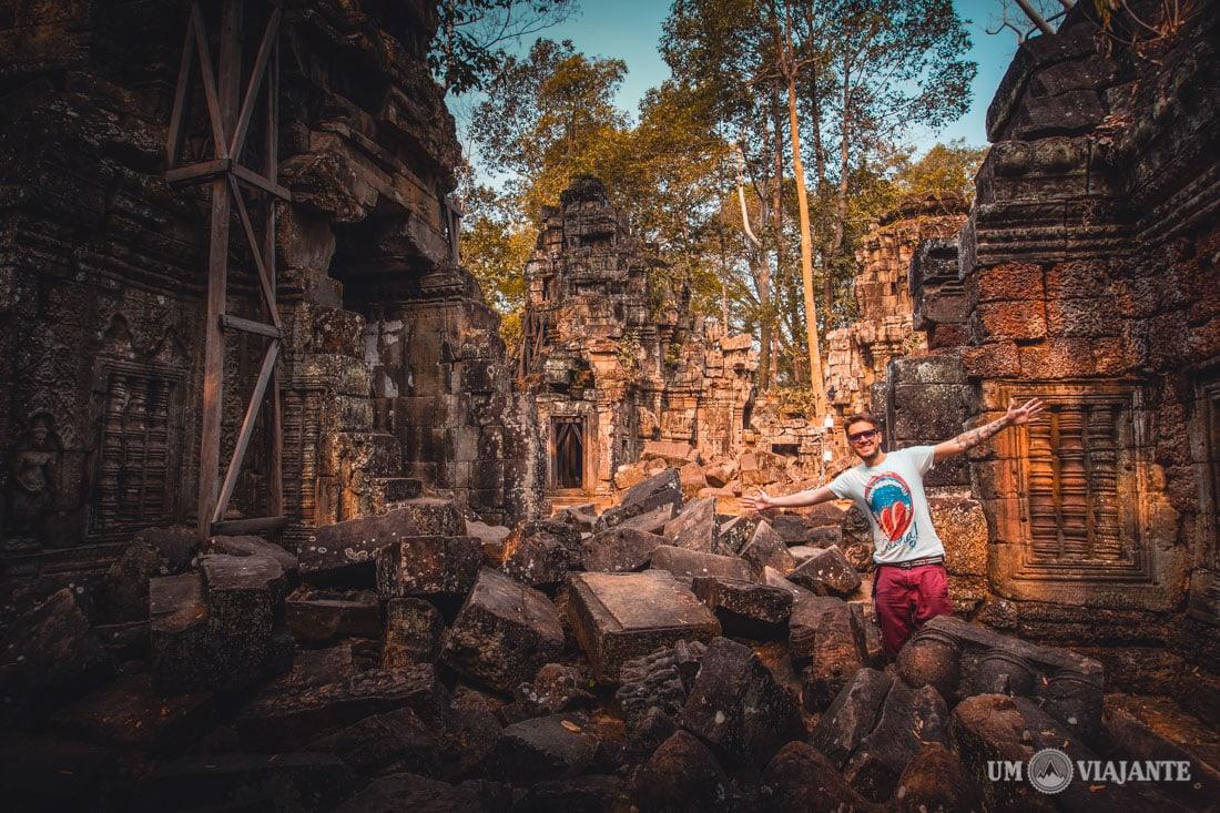 Um Viajante, Angkor - Camboja