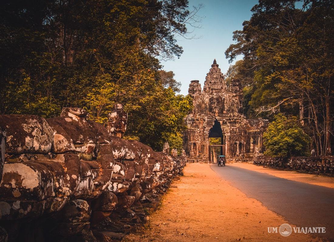 Tuk Tuk, Angkor - Camboja