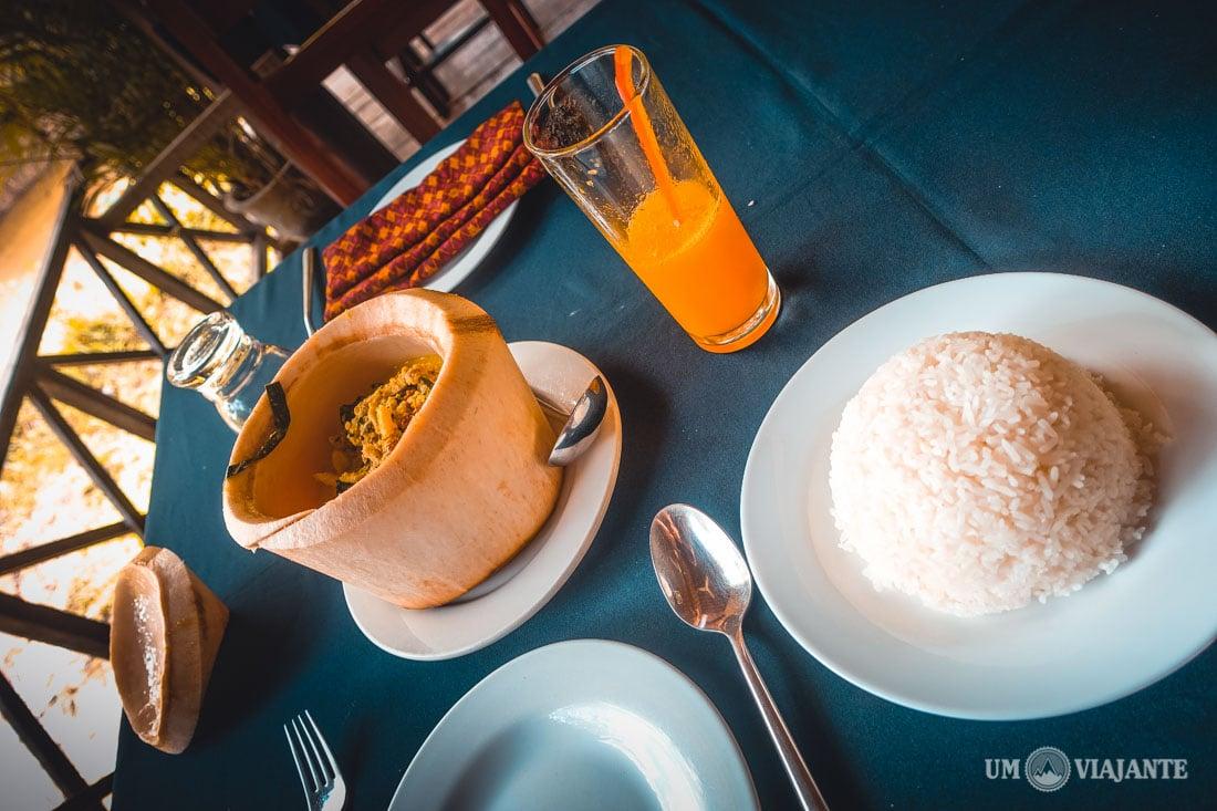 Almoço no Camboja