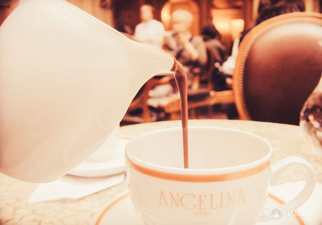O melhor chocolate quente de Paris, Angelina