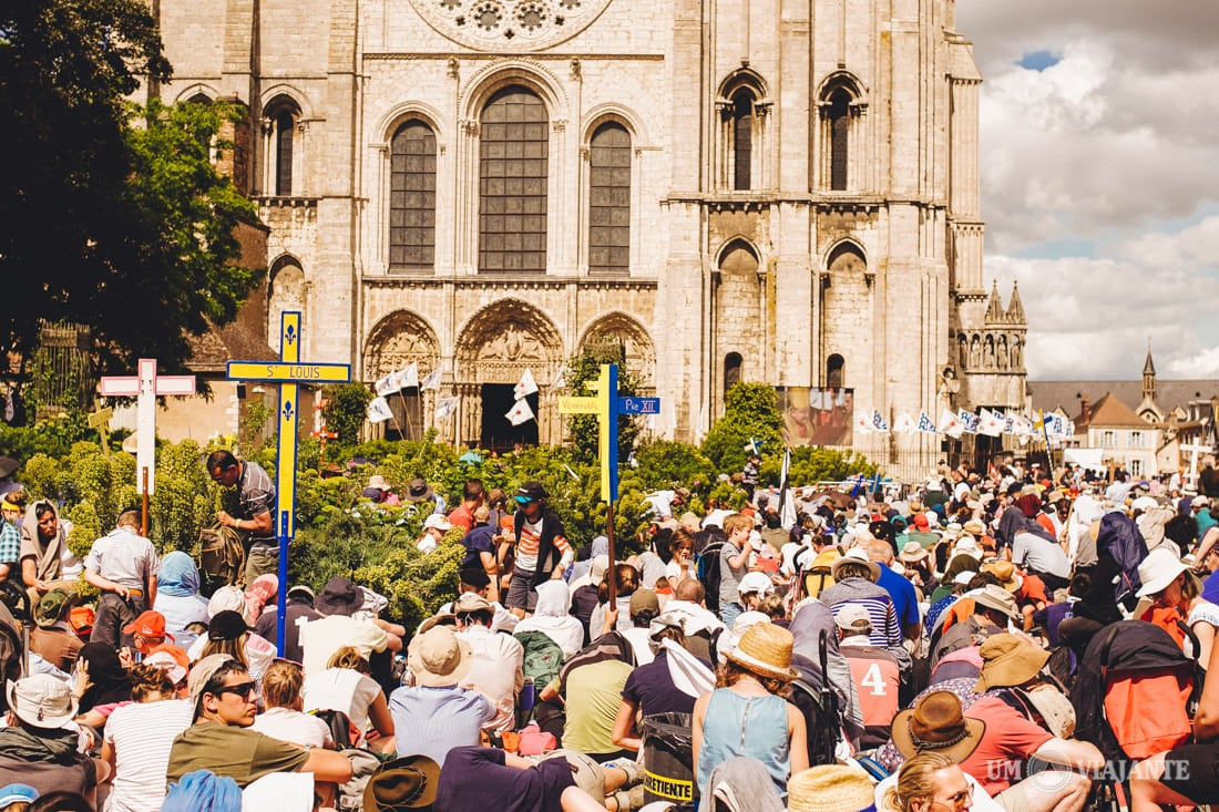 Peregrinos, Pentecostes - Chartres