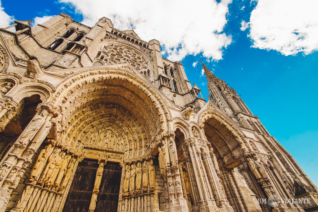 Catedral de Chartres, França