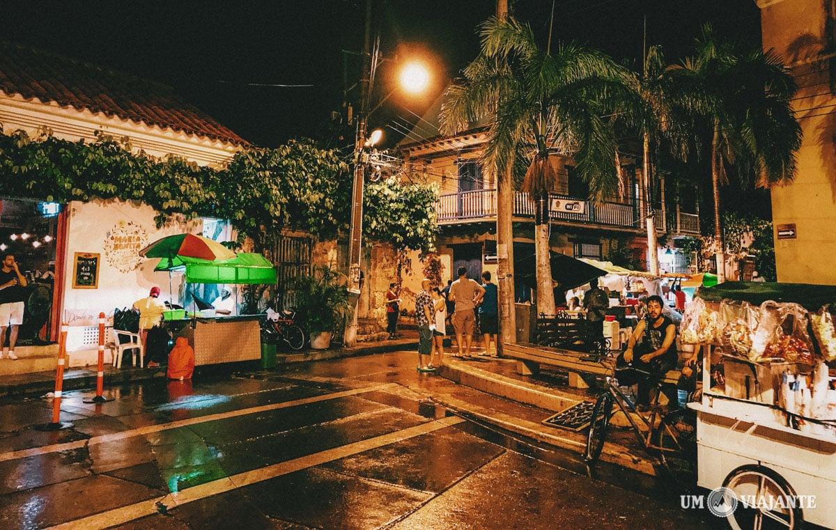 Noite no bairro Getsemaní, Cartagena - Colômbia