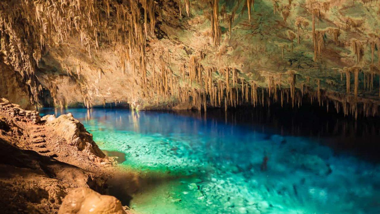 Descubra a Gruta Lago Azul, em Bonito | Um Viajante