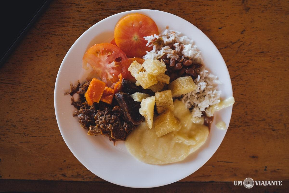 Comida caseira no Jalapão