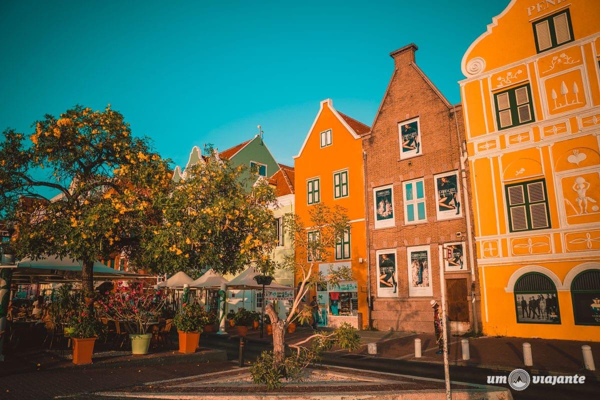 O colorido vibrante de Curaçao