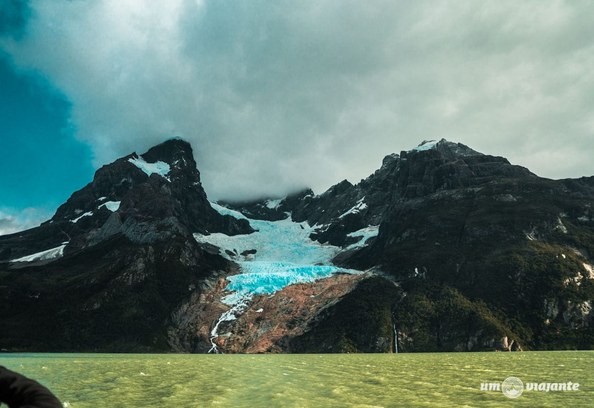 Monte e Glaciar Balmaceda - Patagônia Chilena