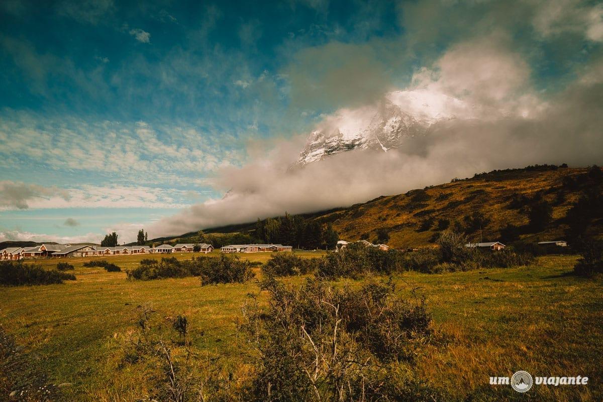 Trekking rumo a base das Torres del Paine