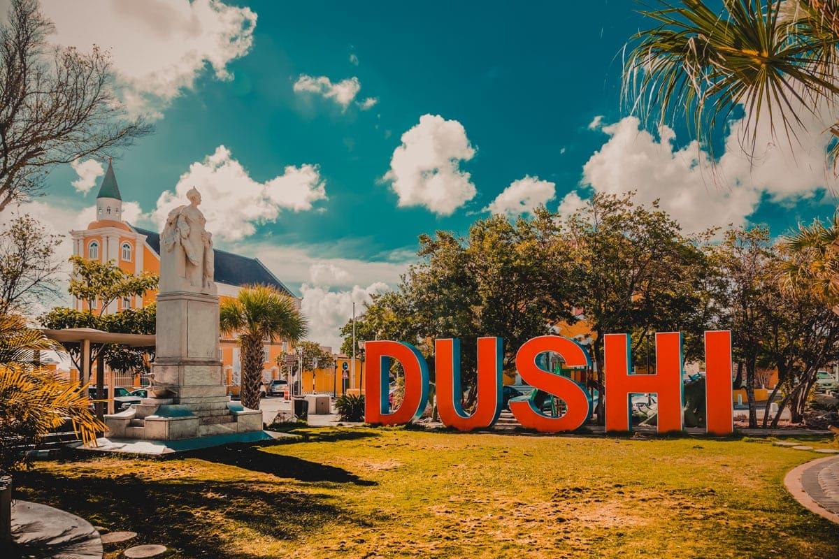 Dushi, Curaçao - Papiamento