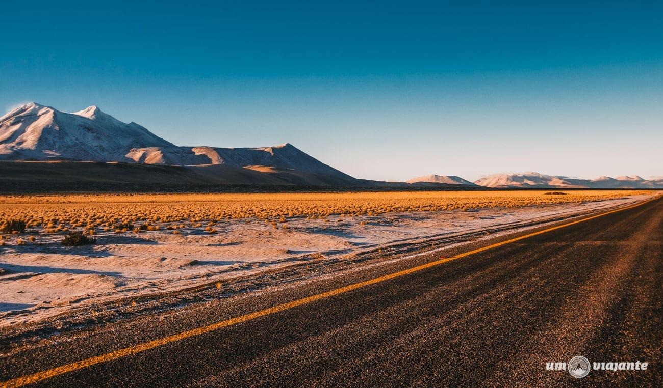 Amanhecer no Atacama- Rumo às Lagunas Altiplânicas