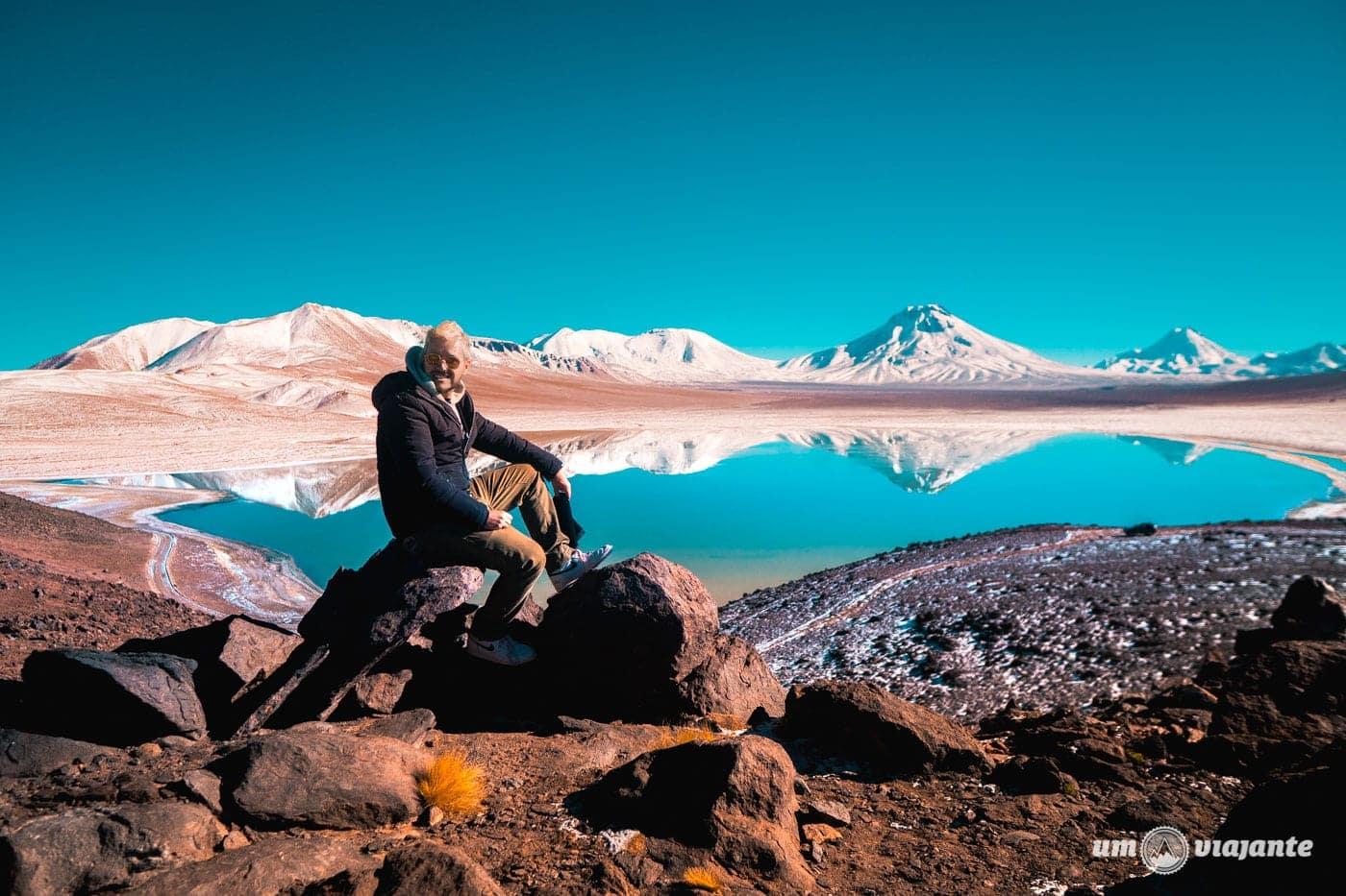 Miragens Andinas: um passeio entre vulcões, lagoas, crateras e um salar escondido no Atacama