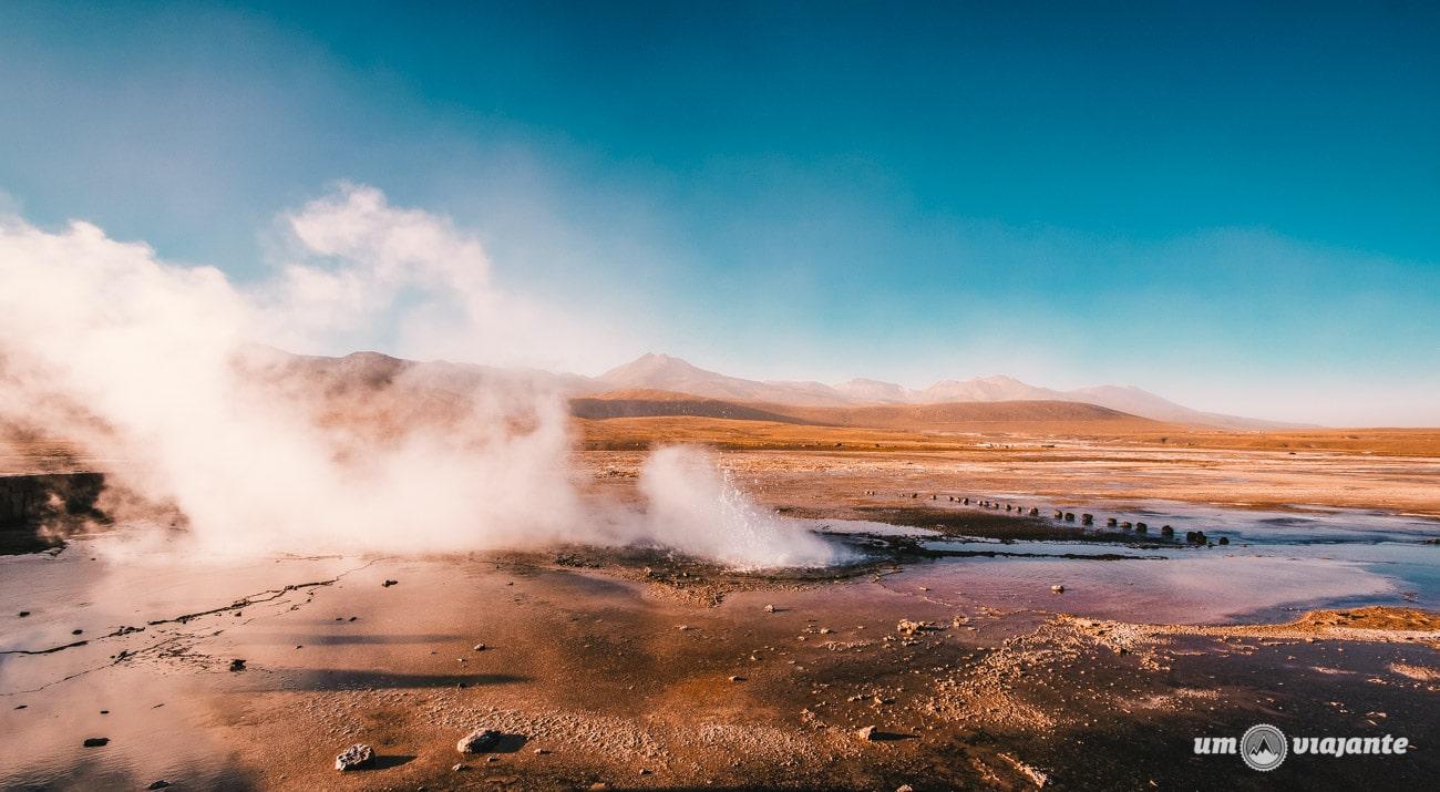 Geiser El Tatio, no Deserto do Atacama   Foto: Robson Franzói @blogumviajante