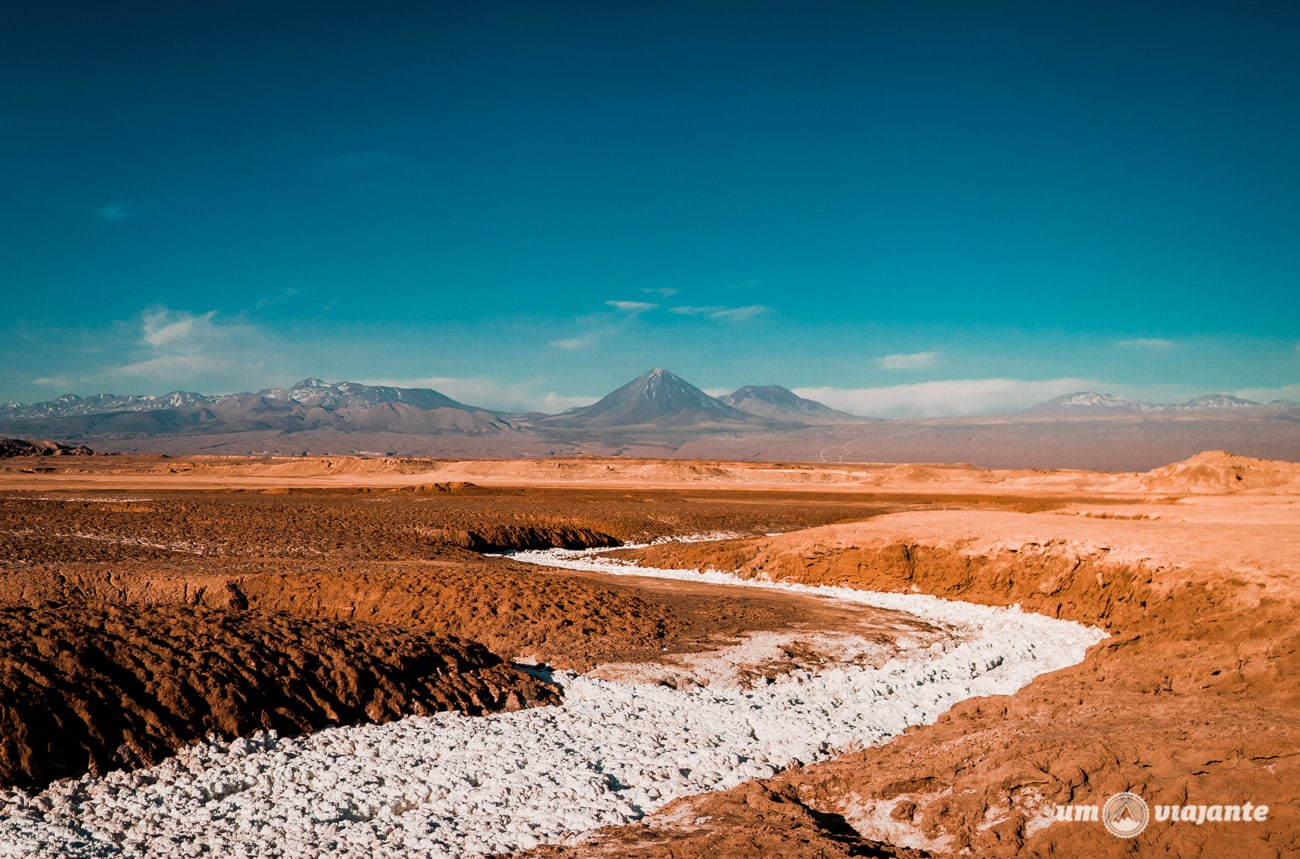 Cordilheira do Sal, no Deserto do Atacama   Foto: Robson Franzói @blogumviajante