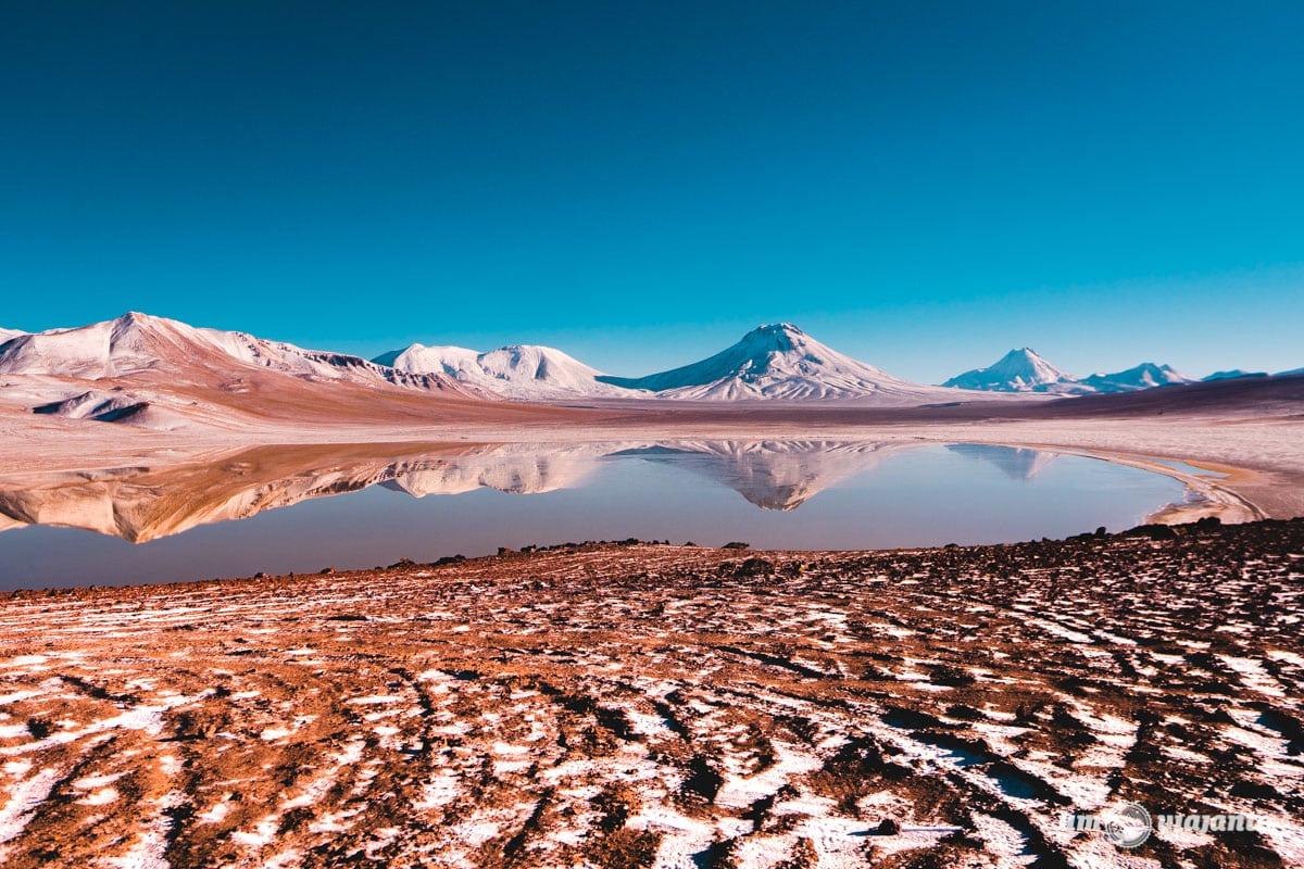 Laguna Lejía, no Deserto do Atacama   Foto: Robson Franzói @blogumviajante