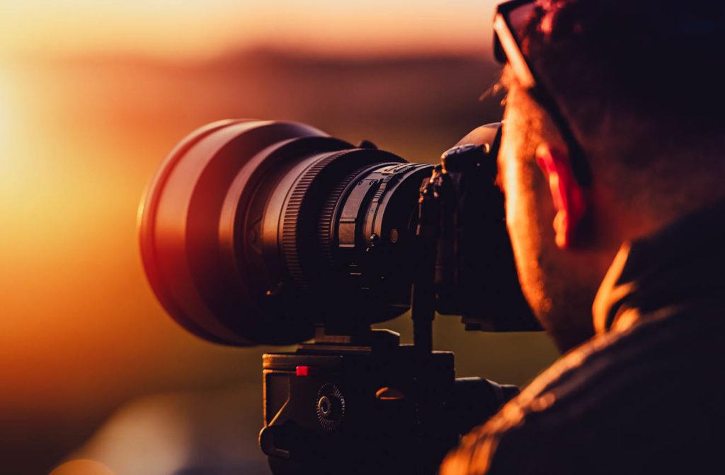 Como escolher a melhor câmera para viagens