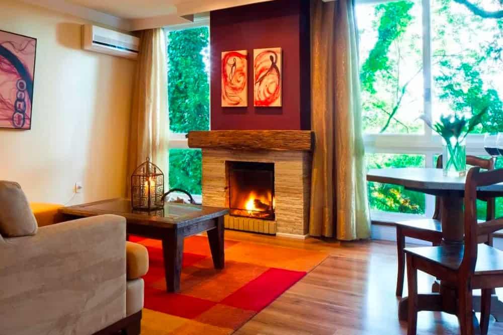 Hotel Varanda das Bromélias