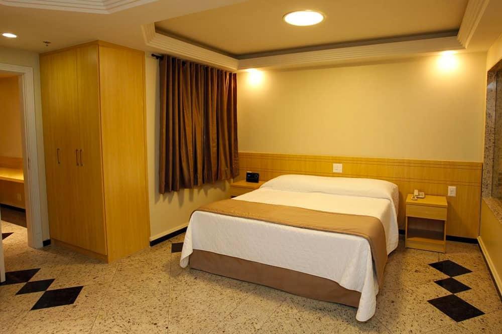 Elegance Praia Hotel