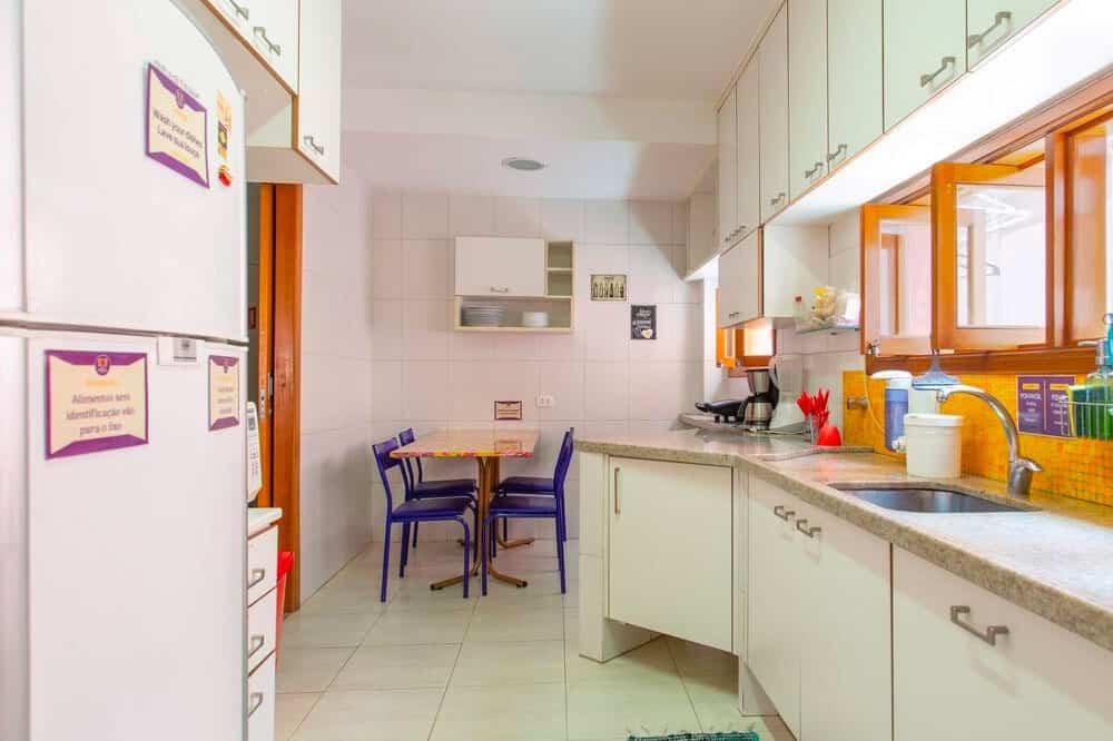 MADÁ hostel